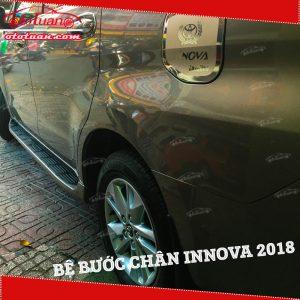 Bệ bước chân xe innova 2018