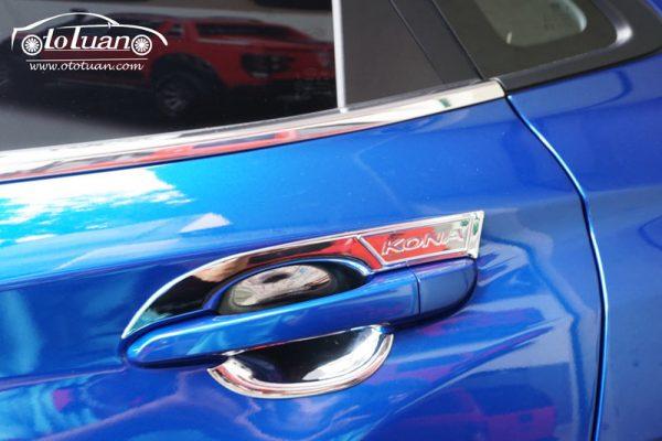 Ốp chén cửa xe Hyundai Kona
