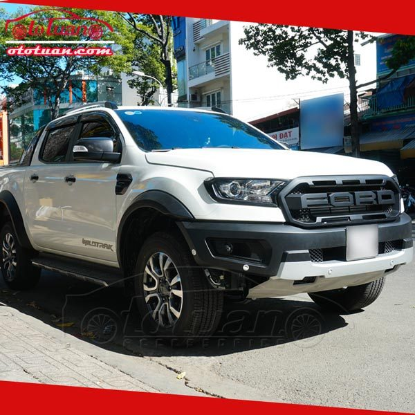 Body kit Ford Ranger độ Raptor